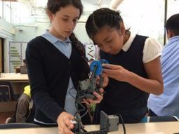 Los Angeles robotics school opens pathways for visionary middle school students   Education Today and Tomorrow   Scoop.it