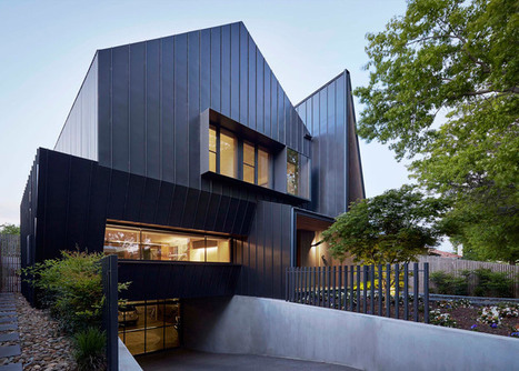Lake Wendouree House by Inarc features a spiked entrance and a car turntable | Inspired By Design | Scoop.it