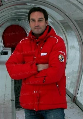 Maître nageur l'été moniteur ESF l'hiver - Le Républicain Lorrain | monitrices de ski et moniteurs | Scoop.it