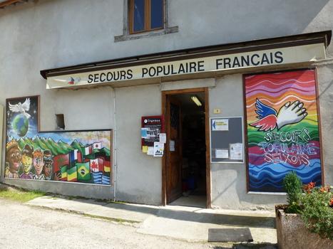 Lorsque les jeunes de l'Ariège laissent parler leurs couleurs solidaires, ça donne ça : | Initiatives solidaires | Scoop.it
