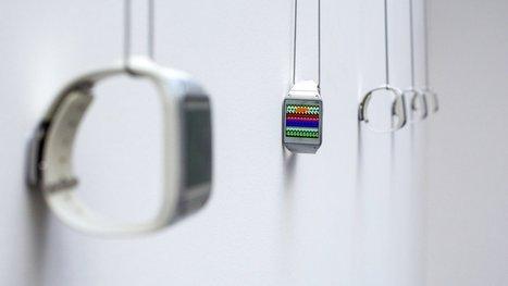 'Full Screen' exhibit celebrates digital display art using Galaxy Gear smartwatches | This is interactive art ! | Scoop.it