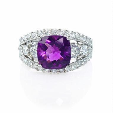 Diamond and Purple Amethyst Antique Style 18k White Gold Ring | Riveting Rings | Scoop.it