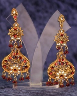 Indian earrings for women online | Designer earrings | Wedding earrings | Buy indian apparel | Scoop.it