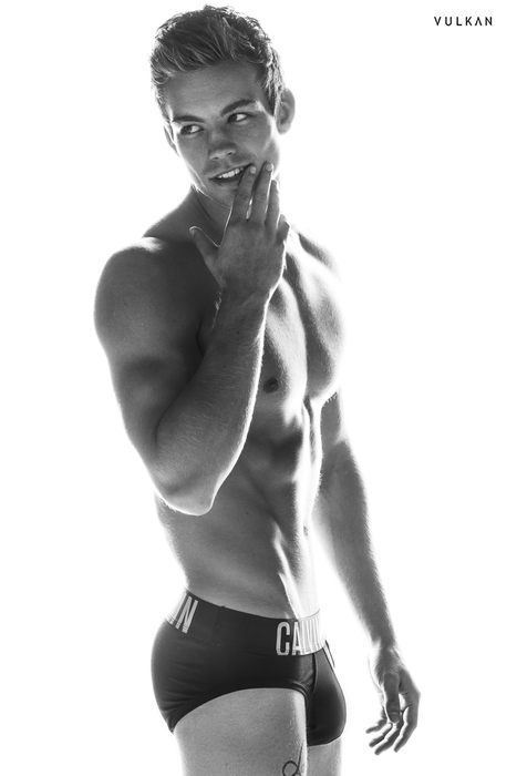 Urban Erotism - Dustin McNeer photographed by Blake Ballard for...   FlexingLads   Scoop.it