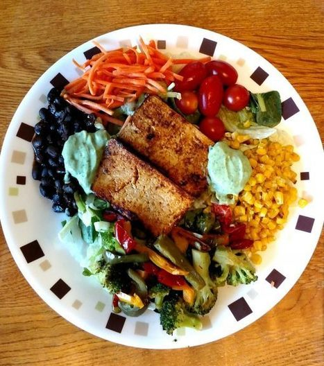 BBQ Tofu Salad with Roasted Veggies, Black Beans, and Avocado Ranch Dressing | Vegan Outreach | Swtich To Veganism | Scoop.it