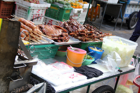 A Meat Lover's Guide to the Thai Street Meat Cart | Thai Street Food and Pictures | Eating Thai Food | Food Trucks of the World | Scoop.it