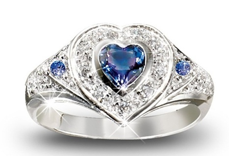 Heart shaped Diamond Engagement Rings | Rings of the World | Scoop.it