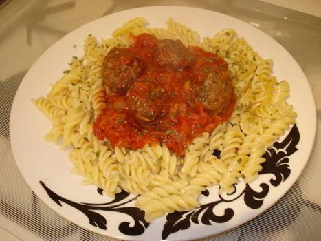 Italian Meatballs In Tomato Sauce (Syn Free) | Slimming World recipes | Scoop.it