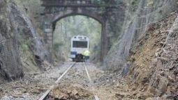 Un tren choca con un desprendimiento que corta la línea Viveiro-Ortigueira | Xornal do Grupo Municipal Socialista de Ortigueira | Scoop.it