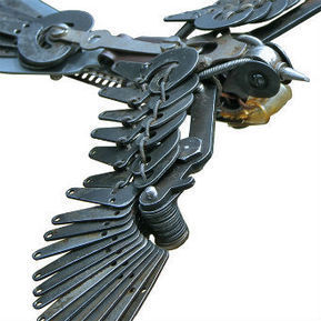 Assembled Typewriter Parts into Cool Birds Sculpture by Jeremy Mayer | Tech Nontech Magazine | Scoop.it
