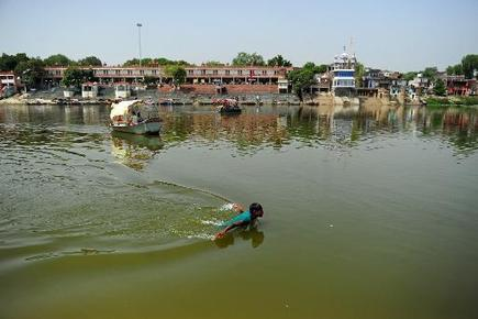 Can Modi clean the Ganges, India's biggest sewage line? | Sustain Our Earth | Scoop.it