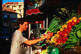 8 Tips for Eating Well on a Budget When Traveling - Travel Guide | Beauty and Health | Scoop.it