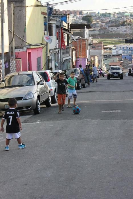 Visite des favelas   Facebook   Les jeunes du diocèse de Bordeaux aux JMJ de Rio   Scoop.it