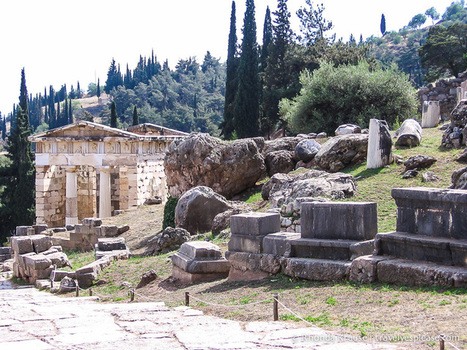 Ancient Delphi- The Navel of the World   Ancient World History   Scoop.it
