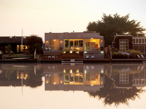 { Visite déco } Une maison en bois sur le lagon… | DecoCrush blog déco, idées déco | décoration & déco | Scoop.it