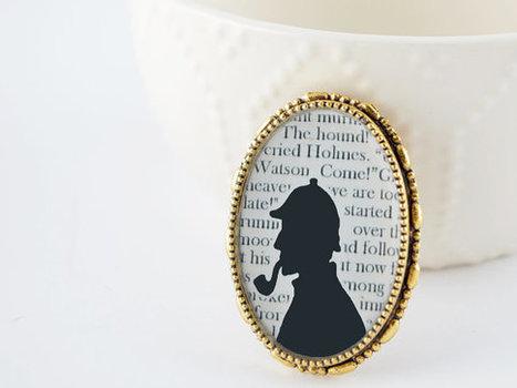 Sherlock Holmes Brooch - Sherlock Holmes Jewelry - Gold Book Brooch - Literature Jewelry | Doyleockian | Scoop.it