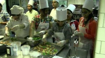 Healthy Living: Kids in the Kitchen - Rochester YNN | Secondary HPE - Healthy Living and Keeping Active | Scoop.it