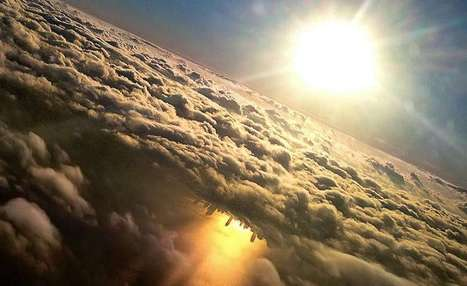 Man Takes Breathtaking, Unexpected Aerial Shot of the Chicago Skyline With His iPhone | Inspired By Design | Scoop.it