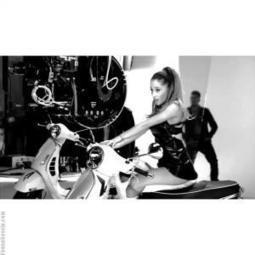 Watch Ariana Grande New Music Video Featuring Iggy Azalea | Young Gossip | Scoop.it