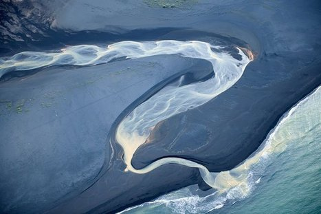 Aerial Photos of Iceland That Look Like Abstract Paintings   Seve Zubiri   Scoop.it