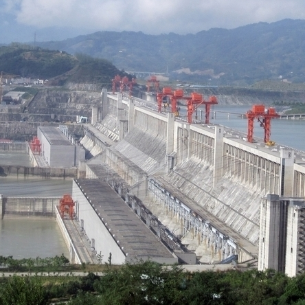 5 Shocking Photos Of China's Not-So-Green Three Gorges Dam | IB Part 2: Freshwater - issues and conflicts | Scoop.it