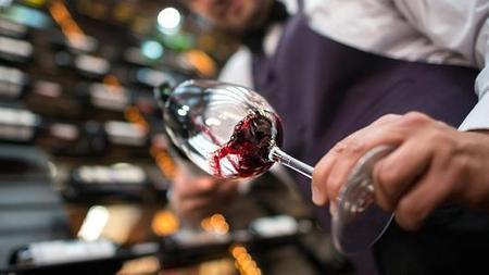 A $20,000 bottle of #wine ? Welcome to Wall Street | Vitabella Wine Daily Gossip | Scoop.it