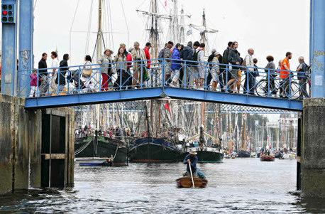 Fêtes maritimes de Douarnenez.  2014, la métamorphose | Tourisme en Bretagne Sud | Scoop.it