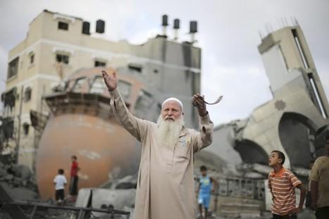 Israelis, Palestinians begin new talks to end Gaza war   Humanitarian emergencies   Scoop.it