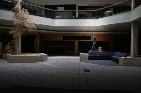 Black Friday: Haunting Documentary Photo Series Captures Abandoned Malls in the US   Photography   Scoop.it