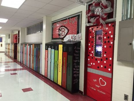 Students Abuzz Over Reading With Lockers Painted as Books | 102nd Place | Scoop.it