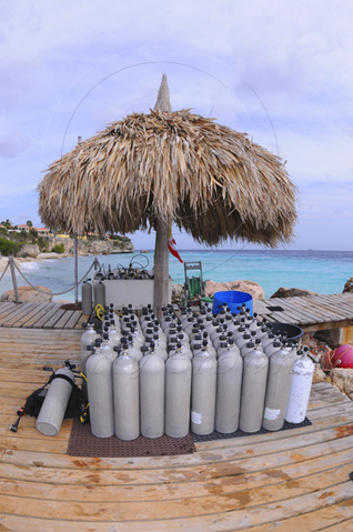 Scuba Diving Equipment - What To Look For When Buying Used Scuba Tanks | All about water, the oceans, environmental issues | Scoop.it