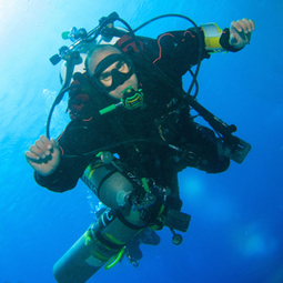 WORLD RECORD DIVE BEHIND THE SCENES | All about water, the oceans, environmental issues | Scoop.it