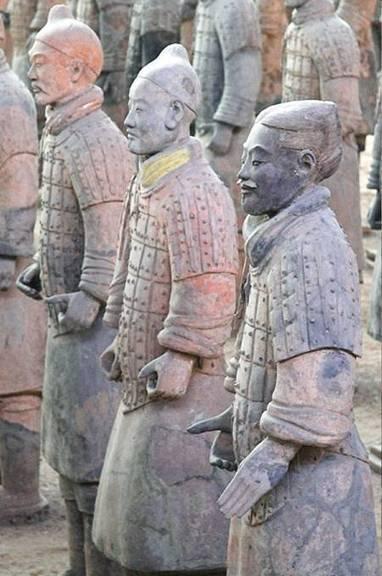 La couleur des guerriers chinois de terre cuite passée aux rayons X   Le Grenier d'Elise   Scoop.it