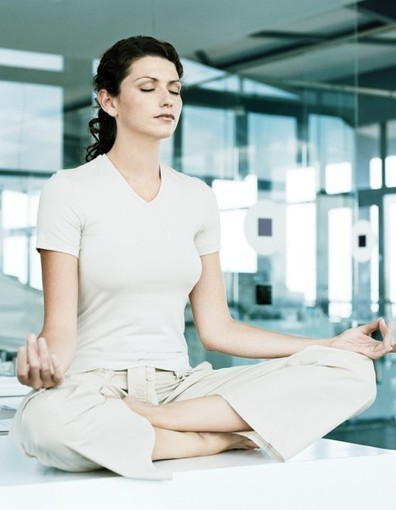 « Yoga au bureau » : une appli bien-être sur votre smartphone - Elle | Zenitude au travail | Scoop.it
