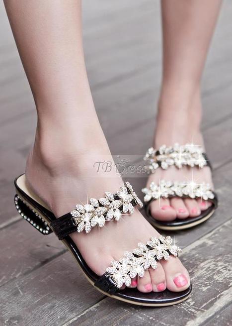 Most Popular Black PU Gloden Flower Flat Sandals   women fashion&clothing   Scoop.it