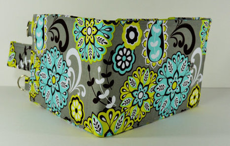 Women's Wallet Organizer with Card Slots - 2 in 1 - Gray and Green with Flowers | Tramp Lee Designs Bags | Scoop.it