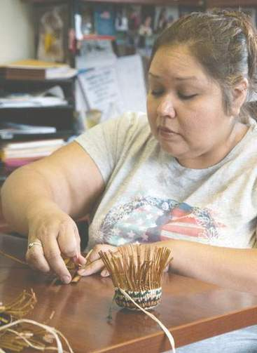 Old-growth experience: Collection and preparation big part of basket weaving ... - Peninsula Daily | Basket Weaving | Scoop.it