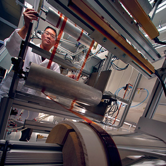 Flexible Glass Could Make Tablets Lighter and Solar Power Cheaper   MIT Technology Review   Disruptive Technologies   Scoop.it