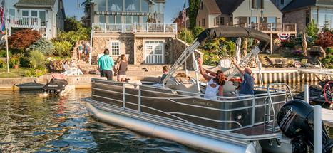 Premier Luxury Pontoon Boat   Pontoon Boats   Scoop.it
