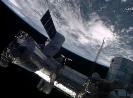 Easter Delivery At The International Space Station: SpaceX Dragon Brings 2.5 ... - International Business Times | Telecom internet and space news | Scoop.it