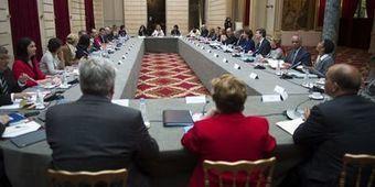 An II du quinquennat: Hollande dresse les priorités et exige des ... - L'Expansion | Politique de l'emploi | Scoop.it