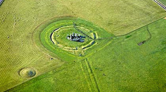 The Archaeology News Network: Ancient path leading to Stonehenge discovered | Aux origines | Scoop.it