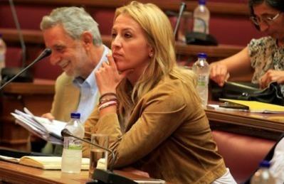 Με αγωγή απαντάει η Ρένα Δούρου στις συκοφαντίες του Α. Ντινόπουλου - Η Αυγή Online   σας λέμε ότι λένε...   Scoop.it