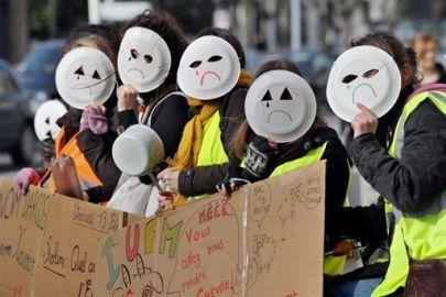 Un député propose la suppression des concours enseignants - LeMonde.fr | Concours enseignant | Scoop.it