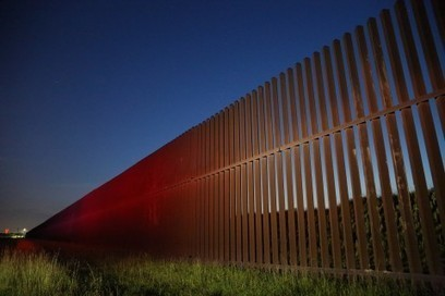 Money is flowing over the U.S.-Mexico border, but it's going north | IB GEOGRAPHY GLOBAL INTERACTIONS | Scoop.it