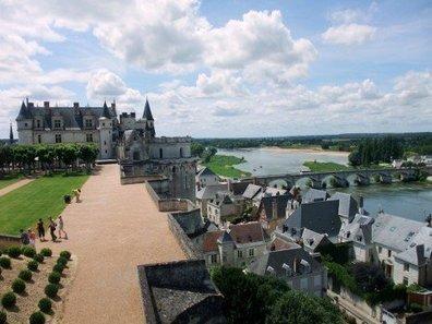Balade dans la vallée de la Loire : le village d'Amboise - Learn French   fleenligne   Scoop.it