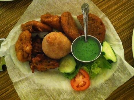 Green Chili Veggie Platter is a combination of veg pakoras, veg samosas, PaneerPakora | paneer tikka | Scoop.it
