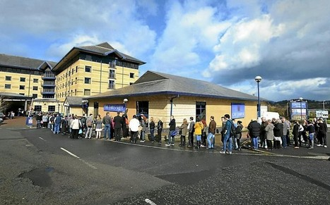 Thousands queue for chance to work at Aldi - Telegraph | Business Economics for Econ3 | Scoop.it