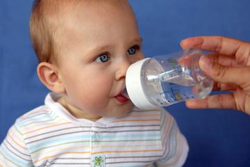 Gastro-entérite chez le nourrisson: gare à la déshydratation ! | Santé de l'enfant et du nourrisson | Scoop.it