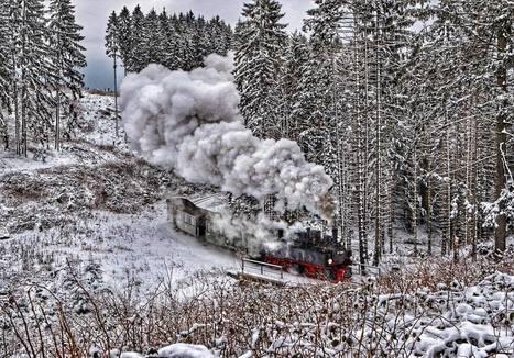 "PA Images on Instagram: ""A train of the Harzer Schmalspurbahn HSBÂ (narrow-gauge railway) making it's way from Wernigerode towards Schierke (Germany), 16 January…"" | Railway anthology | Scoop.it"